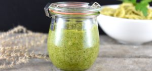 Walnuss Pesto Petersilie Basilikum Rezept by ninakocht.de